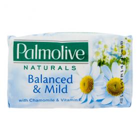 Palmolive Naturals Balanced & Mild Chamomile & Vitamin E săpun solid – 90 g